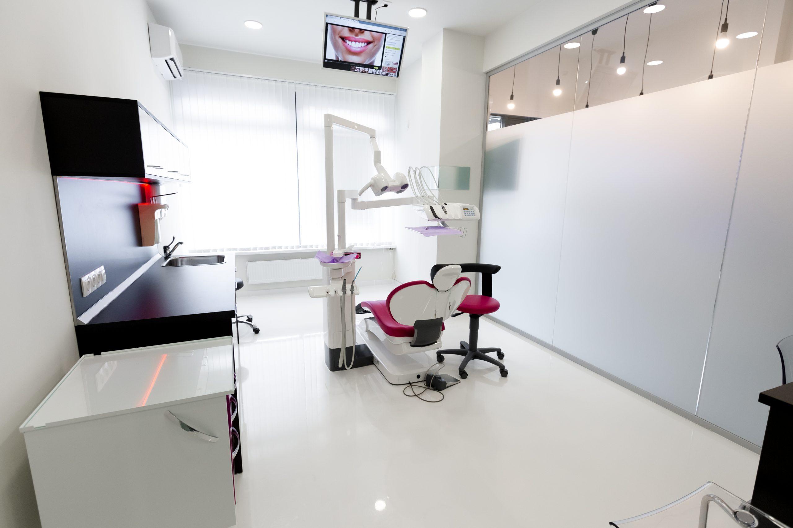 Стоматологическая клиника West Dental